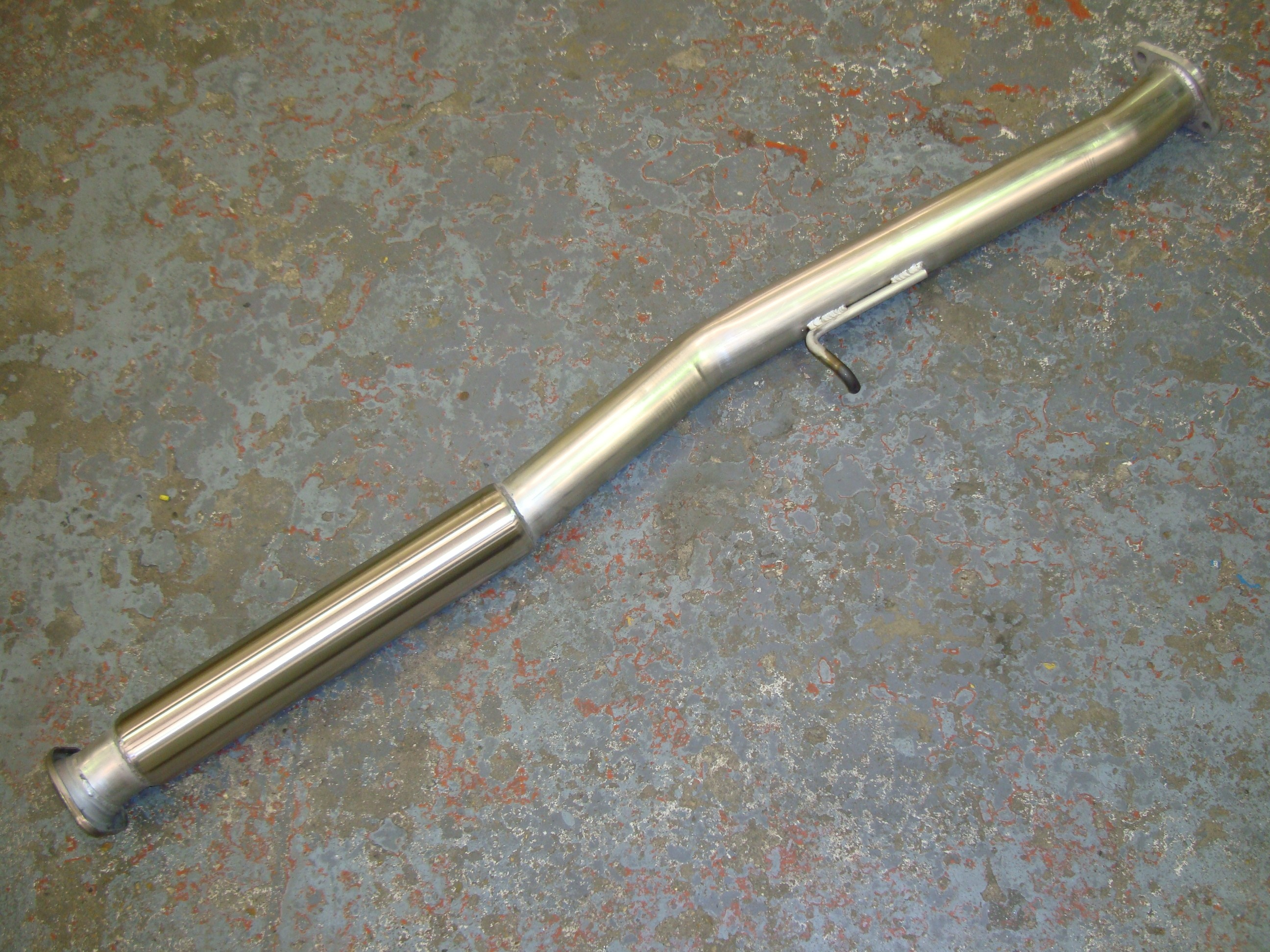"Subaru Forester STi Centre Pipe with Bubble Silencer - 2.5"" Pipework"